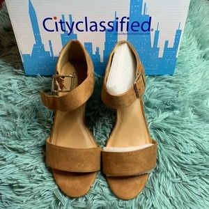 😍  City Classified Wedge Sandals 😍